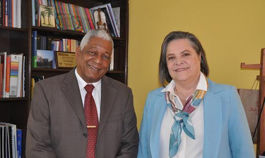 Embajador de Cuba en Colombia realiza visita de cortesía a la presidenta del Polo Democrático. Foto: tomada de CubaMinrex.