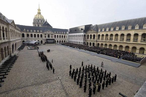 Acto oficial francés en homenaje a las víctimas de los atentados. Foto: Reuters.