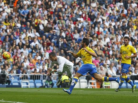 El gol de Cristiano Ronaldo en el arco de Las Palmas.