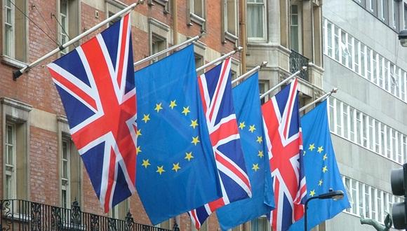 Una salida británica podría hacer tambalear a la UE.