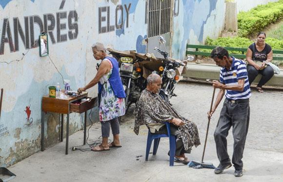Barbería al aire libre.