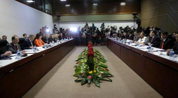 Primera Ronda de las Conversaciones Bilaterales Cuba-EE.UU, Palacio de las Convenciones, 21 de enero de 2015. Foto: Ismael Francisco / Cubadebate