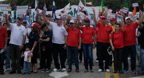 Los Cinco desfilan juntos por vez primera un Primero de Mayo. Foto: Ismael Francisco