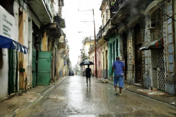 Lluvia de tempranas horas de la mañana.Foto. Roberto Garaicoa Martínez. CUBADEBATE