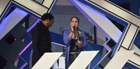 Haydeé Milanés, intérprete de Canción fácil, mejor video del año en Premios Lucas 2015. Foto: Marianela Dufflar/ Cubadebate.
