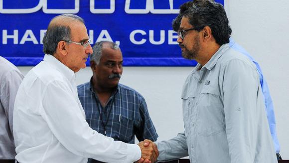 Califican de positivo acuerdo sobre víctimas de conflicto colombiano