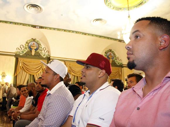 De der. a izq. José D. Abreu, Brayan Peña, Miguel Cabrera.