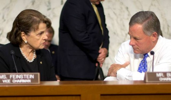 Dianne Feinstein y el republicano Richard Burr.