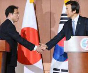 El acuerdo fue anunciado en Seúl por los ministros de Relaciones Exteriores de Corea del Sur y Japón. Foto: EPA.