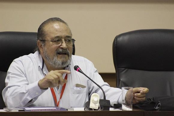 Enrique Sánchez Ruiz ofreció la última de las seis conferencias magistrales que tuvieron lugar durante el evento. Foto: José Raúl Concepción/Cubadebate.