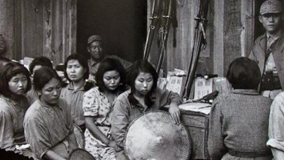 Esclavas sexuales, o mujeres de comfort, sometidas por las tropas del ejército imperial japonés. Foto: WikiCommos.