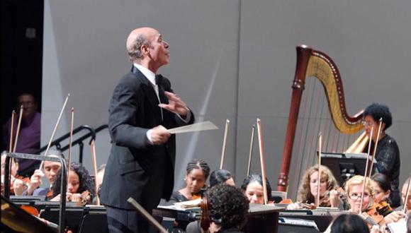 Guido López- Gavilán galardonado con el Premio Nacional de Música. Foto: Granma.