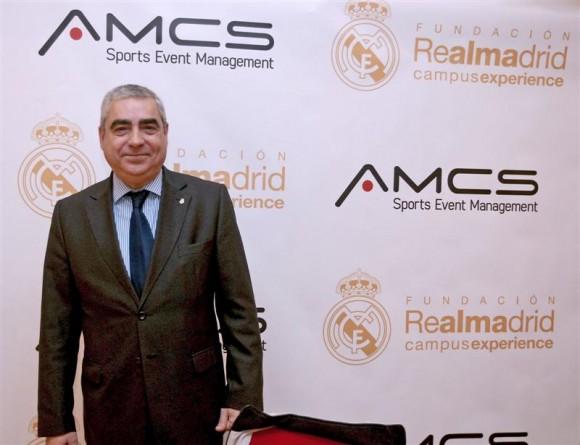 El doctor Joaquín Sagués Blesa espera que se pueda realizar en Cuba un campus para transmitir valores a niñas y niños mediante la práctica del fútbol.