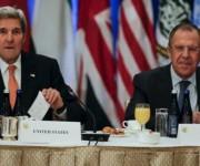 El Secretario de Estado de EE. UU., John Kerry (izq.) y el ministro de Relaciones Exteriores de Rusia, Serguei Lavrov ratificaron el acuerdo entre sus naciones sobre el plan de paz en Siria. Foto: Reuters.
