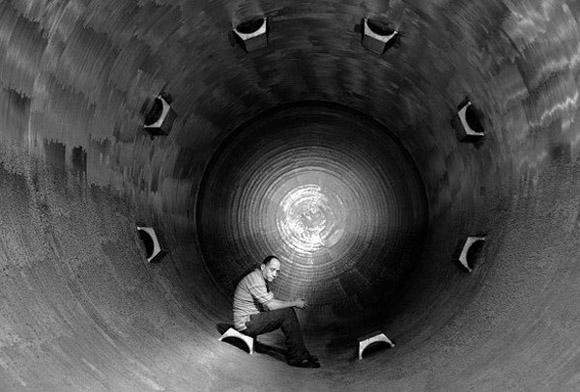 """Mario Guerra en fotograma de la película, """"La obra del siglo"""", de Carlos Machado Quintela."""