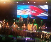 Alexander Abreu y Havana D' Primera hicieron bailar a más de 3 mil personas en su primera presentación en Argentina