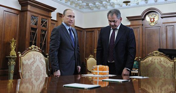 """Mientras se realiza la investigación sobre los datos de """"la caja negra"""", Putin ratifica las sanciones aprobadas contra Turquía. Foto: Mikhail Klimentyev/Sputnik."""
