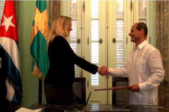 Acuerdo entre Suecia y Cuba. Foto tomada de CubaMinrex.