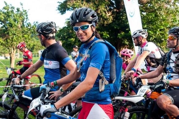 Ciclistas cubana Olga Echenique en la Titán Tropic Cuba de ciclismo de montaña el miércoles 9 de diciembre de 2015. Foto: Calixto N. Llanes/Juventud Rebelde / Archivo de Cubadebate