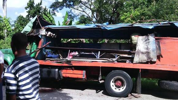 Accidente de tránsito en Songo-la Maya, Santiago de Cuba. Foto: Página Oficial en Facebook de Radio SM.