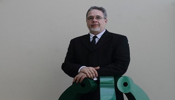 César Bolaño, Fundador de la red de Economía Política de las Tecnologías de la Información y de la Comunicación (EPTIC). Foto: PuntoEdu.