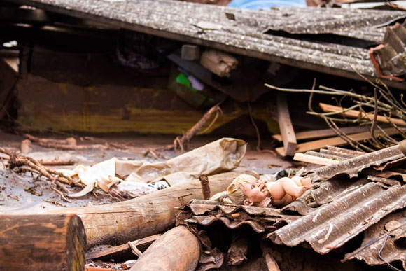 Destrucción tras el mayor desastre ambiental de Brasil. Foto: Brasil de Fato.