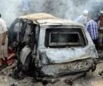 Coche bomba que mató al gobernador de la ciudad yemení de Adén. Foto: EPA: