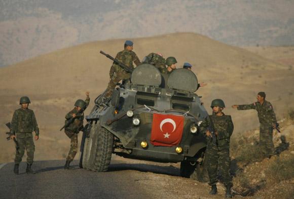 Según RT, Irak declaró que podría llegar a atacar a los soldados turcos sino se retiran. Foto tomada de Radio Liberación.
