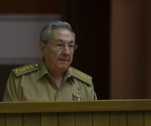 Presidente cubano Raúl Castro anuncia visita oficial a Francia