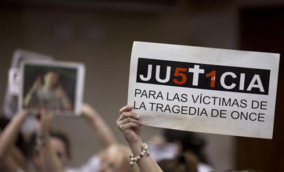 Justicia era lo que esperaban los familiares de las víctimas del accidente en Argentina. Foto: Natacha Pisarenko/AP.