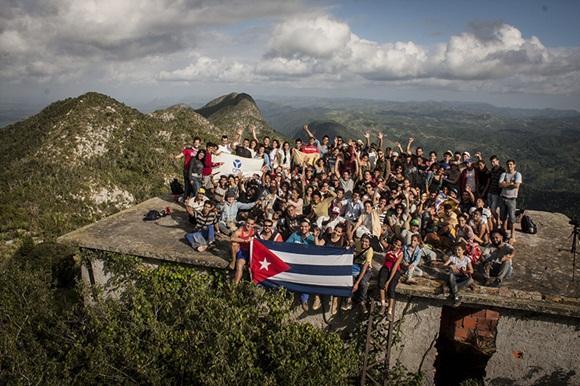 110 excursionistas en la cima de occidente, un gran homenaje de la juventud a Maceo.