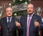 Benítez (derecha) junto a Florentino Pérez, en la felicitación navideña del Real Madrid. Foto: realmadrid.com
