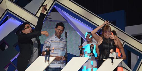 Marionetas usadas en el video clip realizado por Alejandro Pérez a Enrique Iglesias y Pitbull. Foto: Marianela Dufflar/ Cubadebate.