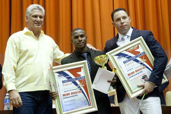 Preside Díaz-Canel reconocimiento a atletas cubanos