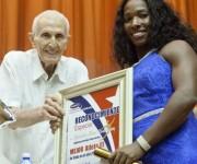 Mejor Atleta del año en Cuba, Yarisley Silva.  Foto: Ismael Francisco/Cubadebate.