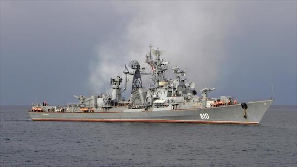 Antisubmarina Smetliviy de la Armada rusa en el mar Egeo.