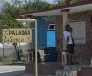 Muchos de estas paladares están unos al lado de otros. Foto: Ismael Francisco/Cubadebate.