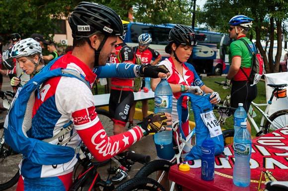 Los cubanos en el Titan Tropic Cuba de Mountain Bike. Foto: Calixto N Llanes.