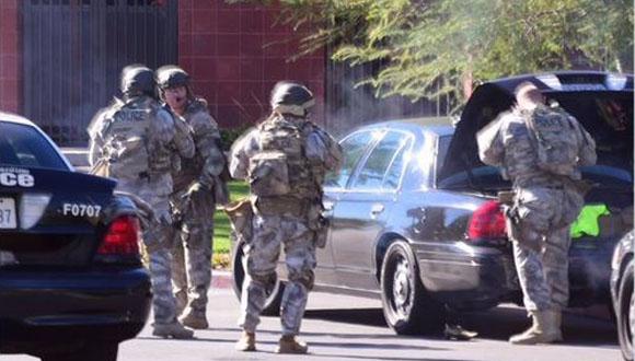 Swat de San Bernardino en escena por tiroteo en California que dejó 12 muertos.