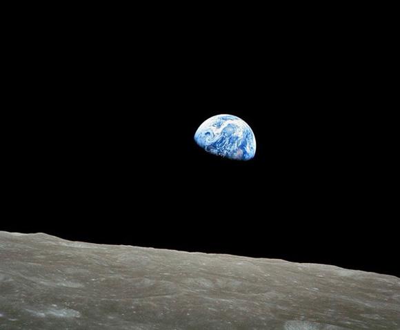 NASA publica histórica foto de la Tierra tomada en 1968