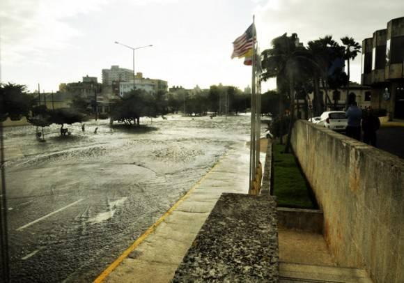 Calle Paseo y 3ra. Foto. Roberto Garaicoa Martínez.cubadebate