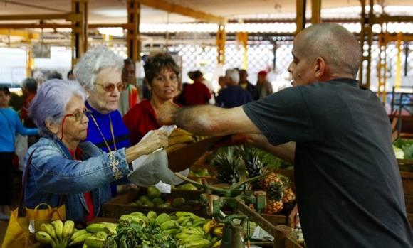 Agromercado de Tulipán y Panorama, administrado por la CCS Antero Regalado.Foto: Jose Raúl Concepción / Cubadebate.