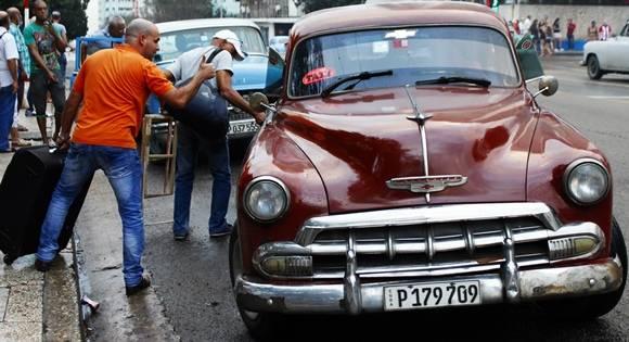 """El Gobierno de La Haban ha puesto un precio máximo a los llamdos """"boteros"""". Foto: José Raúl Concepción/ Cubadebate."""