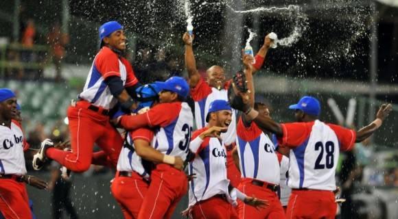 Cuba es el actual del campeón de la Serie del Caribe, tras derrotar a México en 2015 con marcador de 3x2. Foto: Ricardo López Hevia / Granma / Cubadebate.