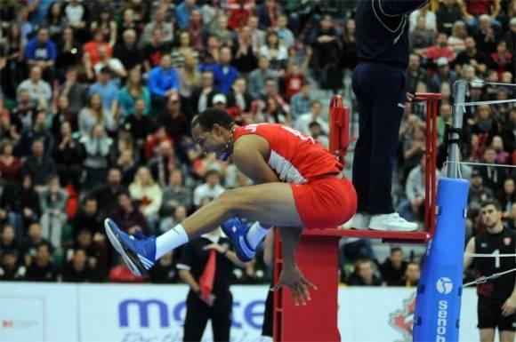 Cuba clasifica a Rio en Voleibol masculino. Javier Jiménez uno de los puntales. Foto: Tomada de www.norceca.net