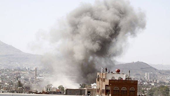 El ataque se produjo en la embajada de Irán en Yemen. Foto: Reuters.