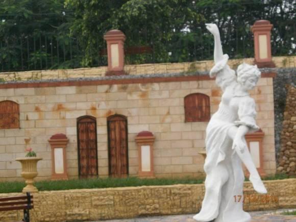Escultura del artista de la plástica Pedro Loaces, en Pinar del Río. Foto: Rosa María Arce / Cubadebate