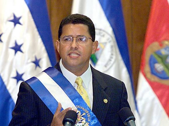 A la edad de 56 años falleió Flores quien fue presidente de El Slavador durante una década. Foto tomada de radiolaprimerisima.com.