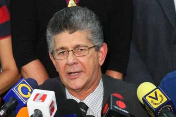 """El ex emabajador de Estados Unidos en Venezuela calificó a Gallup como """"grosero, abrasivo, arrogante y puntilloso"""". Foto tomada de El Universal."""