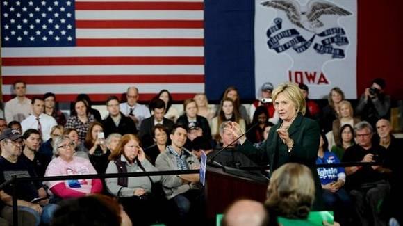 La favorita demócrata Hillary Clinton durante un discurso en Iowa. Foto: Mark Kauzlarich/Reuters.